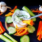 Gesunder Quark Dip für Gemüse